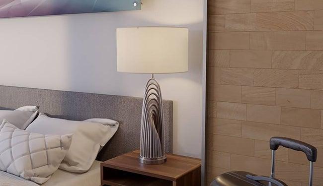 HotelRoom02_650X375