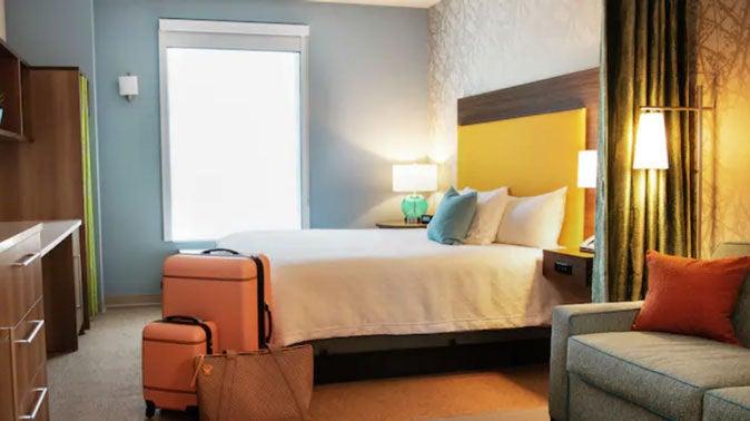 Carver & Associates: A Hospitality Lighting Customer Highlight